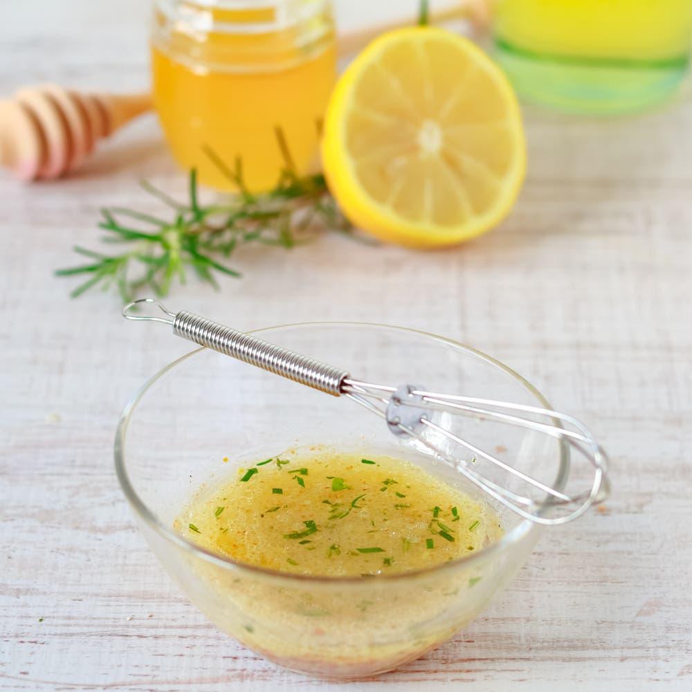 Lemon dressing. (Shutterstock)