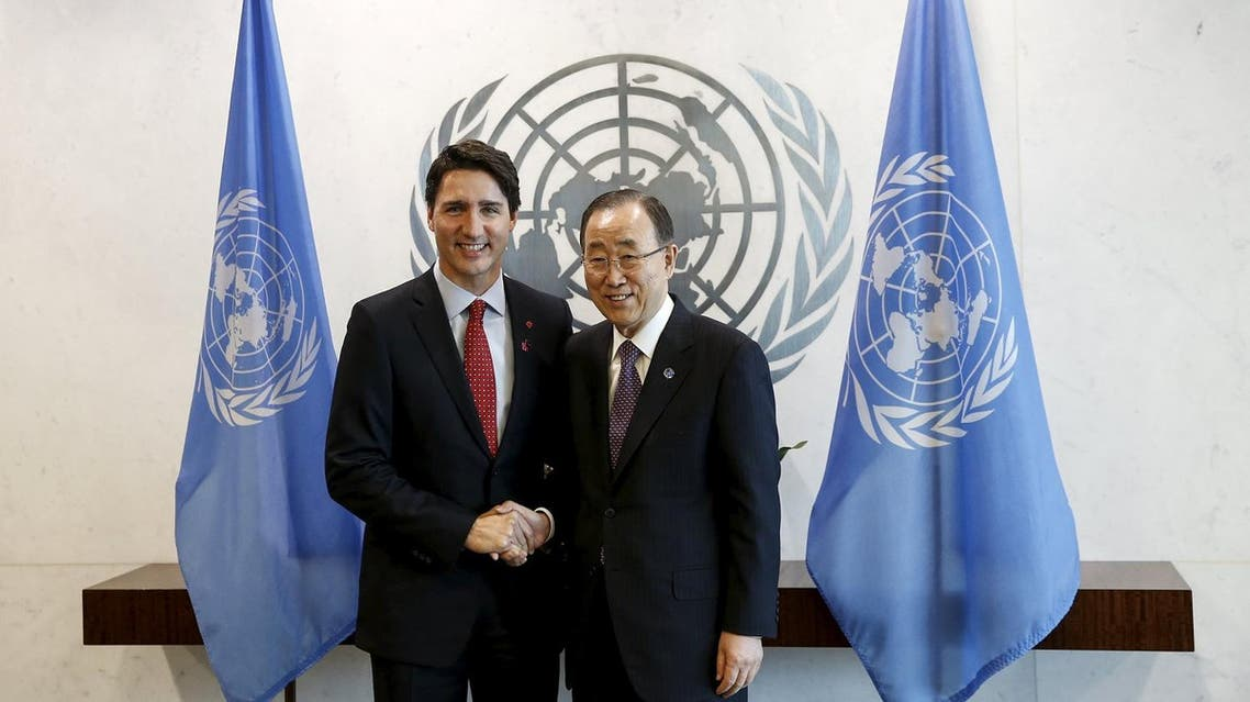 Canadian Prime Minster Justin Trudeau (L) shakes hands with United Nations Secretary General Ban Ki-moon at United Nations Headquarters in the Manhattan borough of New York, March 16, 2016. REUTERS