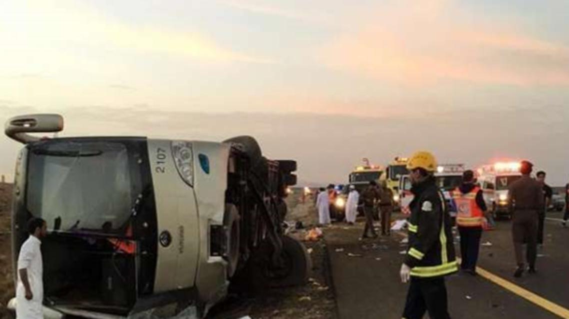 حافلة معتمرين مصريين