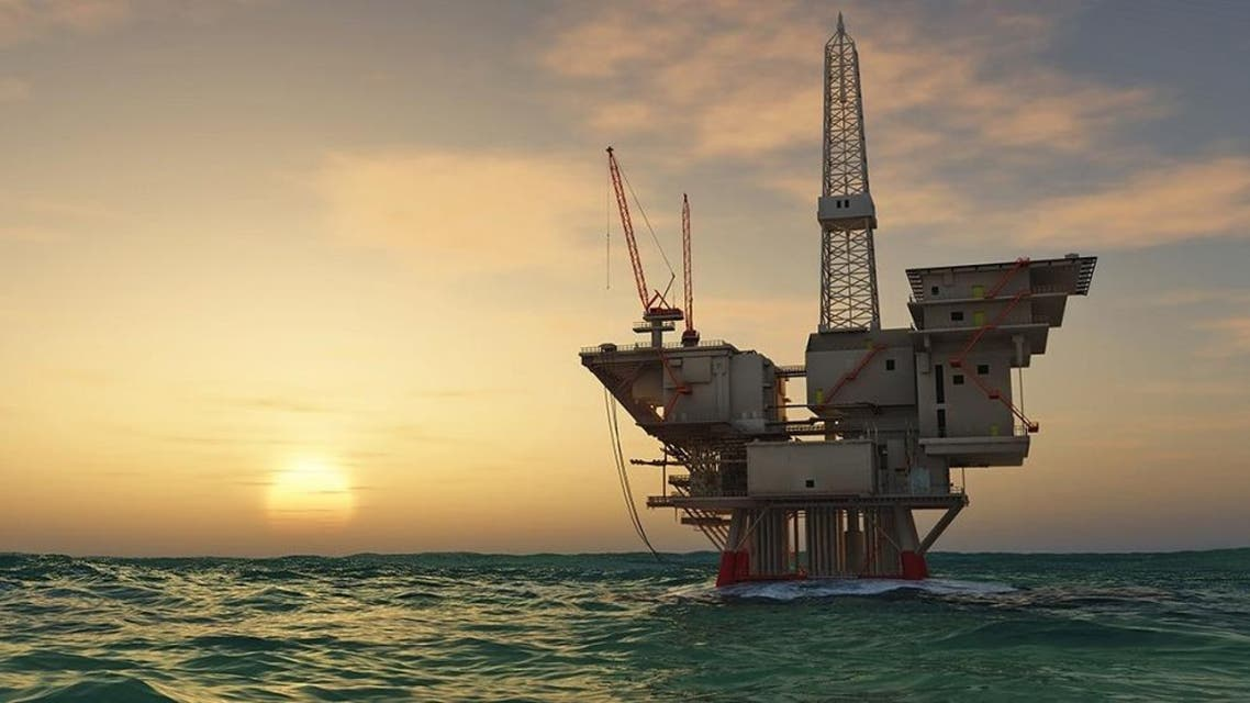 oil rig (Shutterstock)