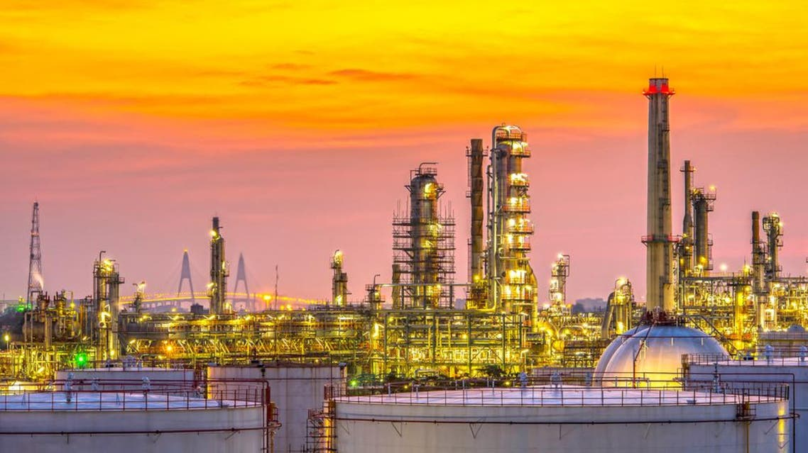 Saudi Arabia's decision not to cut oil production in reaction to the fall in oil prices is rooted in its own economic interests. (Shutterstock)