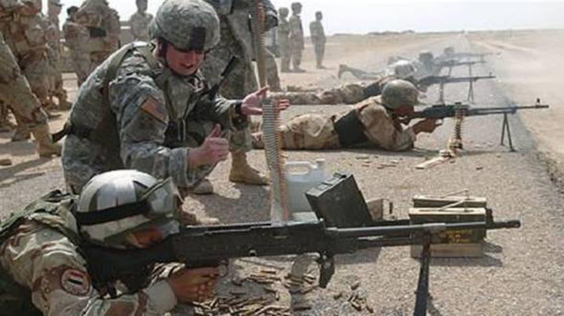 قوات أميركية تدرب جنود عراقيين