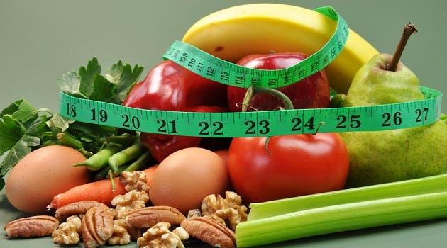 لاحظ كمية الأطعمة التي تتناولها