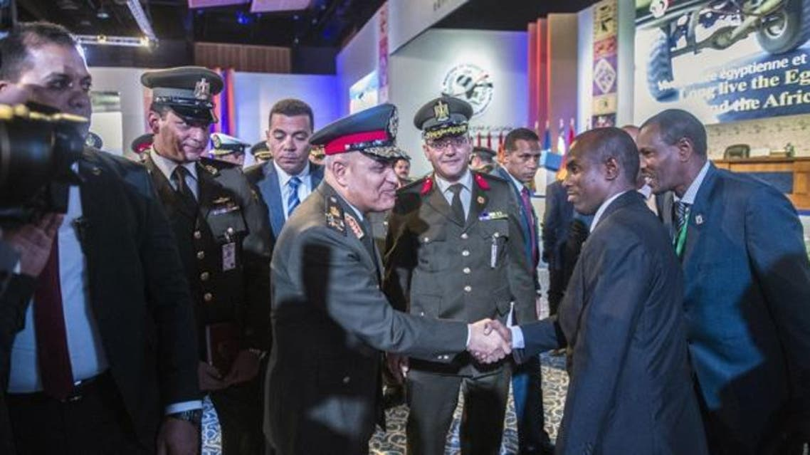Egyptian Defence Minister Sedki Sobhi (C) greets African officials at the end of the closing session of a conference gathering the Defence ministers and officials of 27 African and Arab countries on March 25, 2016 in Egypt's Red Sea resort town of Sharm el-Sheikh. (KHALED DESOUKI/AFP) - See more at: http://www.seychellesnewsagency.com/articles/4857/Africa,+Arab+defence+ministers+agree+counter-terrorism+cooperation#sthash.PAYfeH7K.dpuf