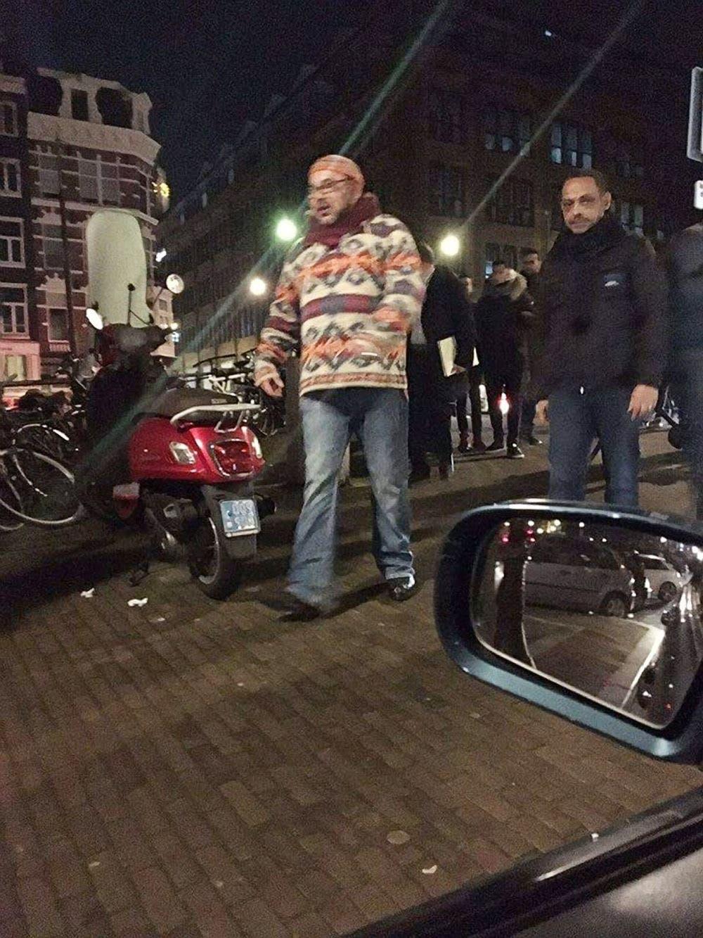الملك محمد السادس في شوارع امستردام