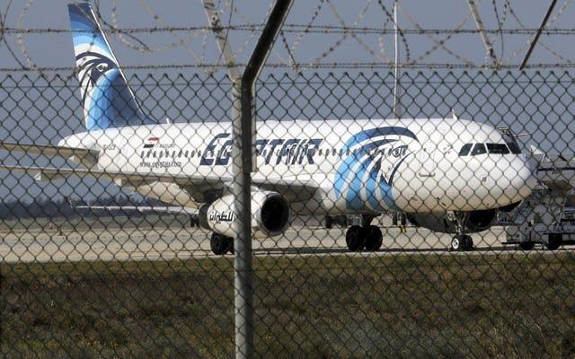 Hijacked Egyptair Airbus A320 airbus stands on the runway at Larnaca Airport in Larnaca, Cyprus, March 29, 2016. (Reuters)