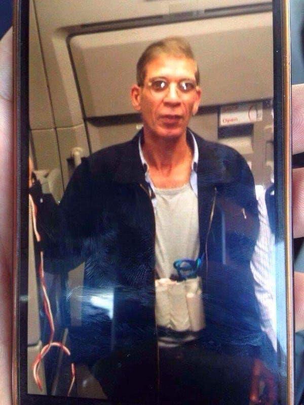 حزام ناسف حول جسد الخاطف مصطفى سيف الدين