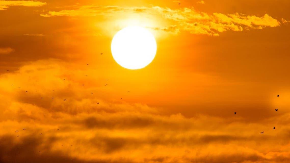 sun heat weather shutterstock