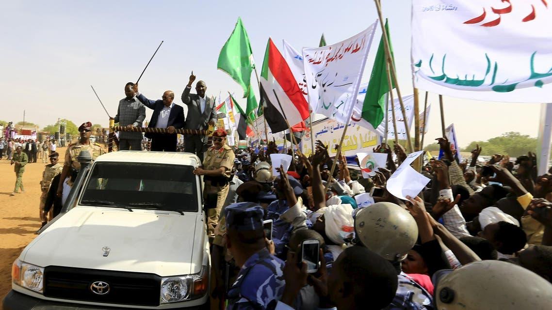 البشير في دارفور