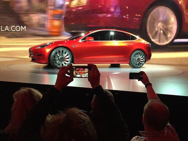 تسلا تسجل رقماً قياسياً بمبيعات السيارات الكهربائية
