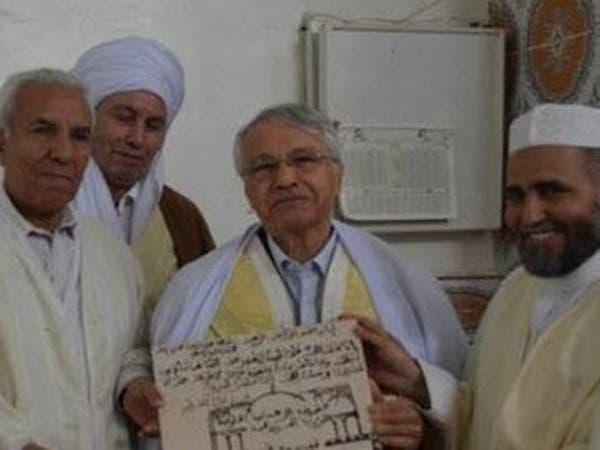 تكريم وزير جزائري متهم في كبرى قضايا الفساد