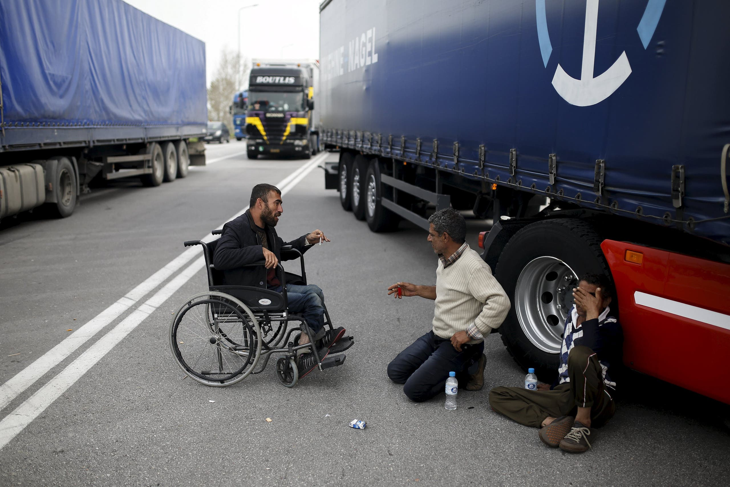 Migrants protest in Macedonia