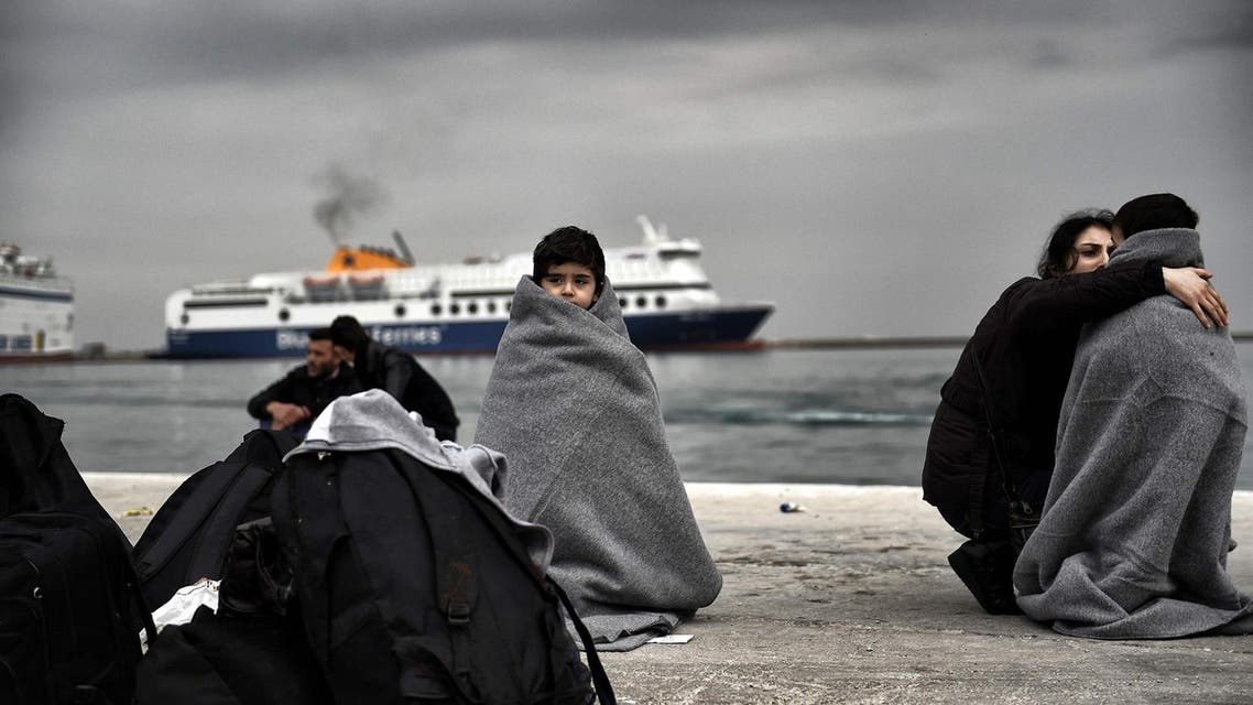 Migrants arrive for expulsion from Greece to Turkey