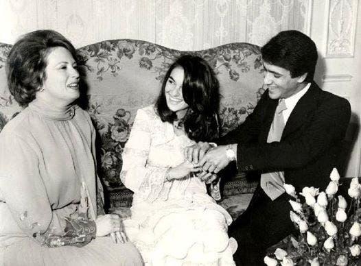 حفل خطوبة جمال السادات على زوجته الأولى دينا عرفان