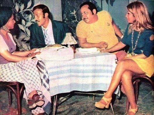 الوجهان الجديدان بوسي وشقيقتها نورا مع سمير غانم وجورج سيدهم