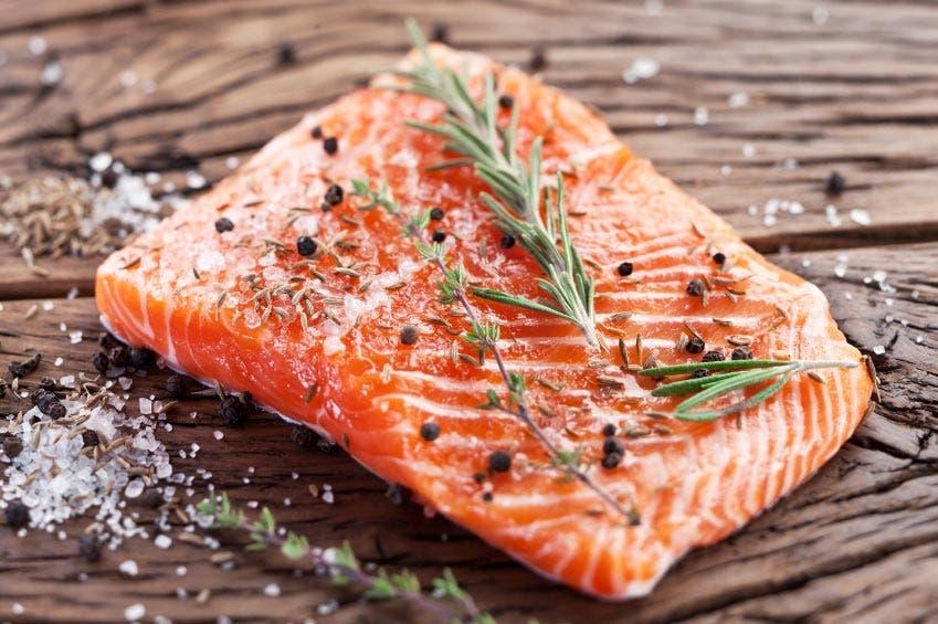 أنواع الأطعمة تحسن التركيز وتقوي