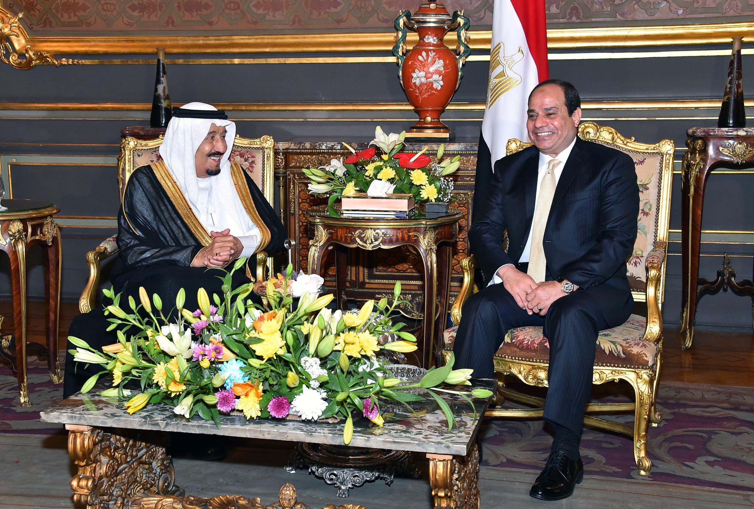 الملك سلمان والرئيس السيسي بقصر عابدين