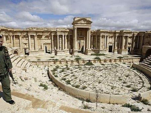 خبير ألماني: جنود سوريون شاركوا في نهب آثار تدمر