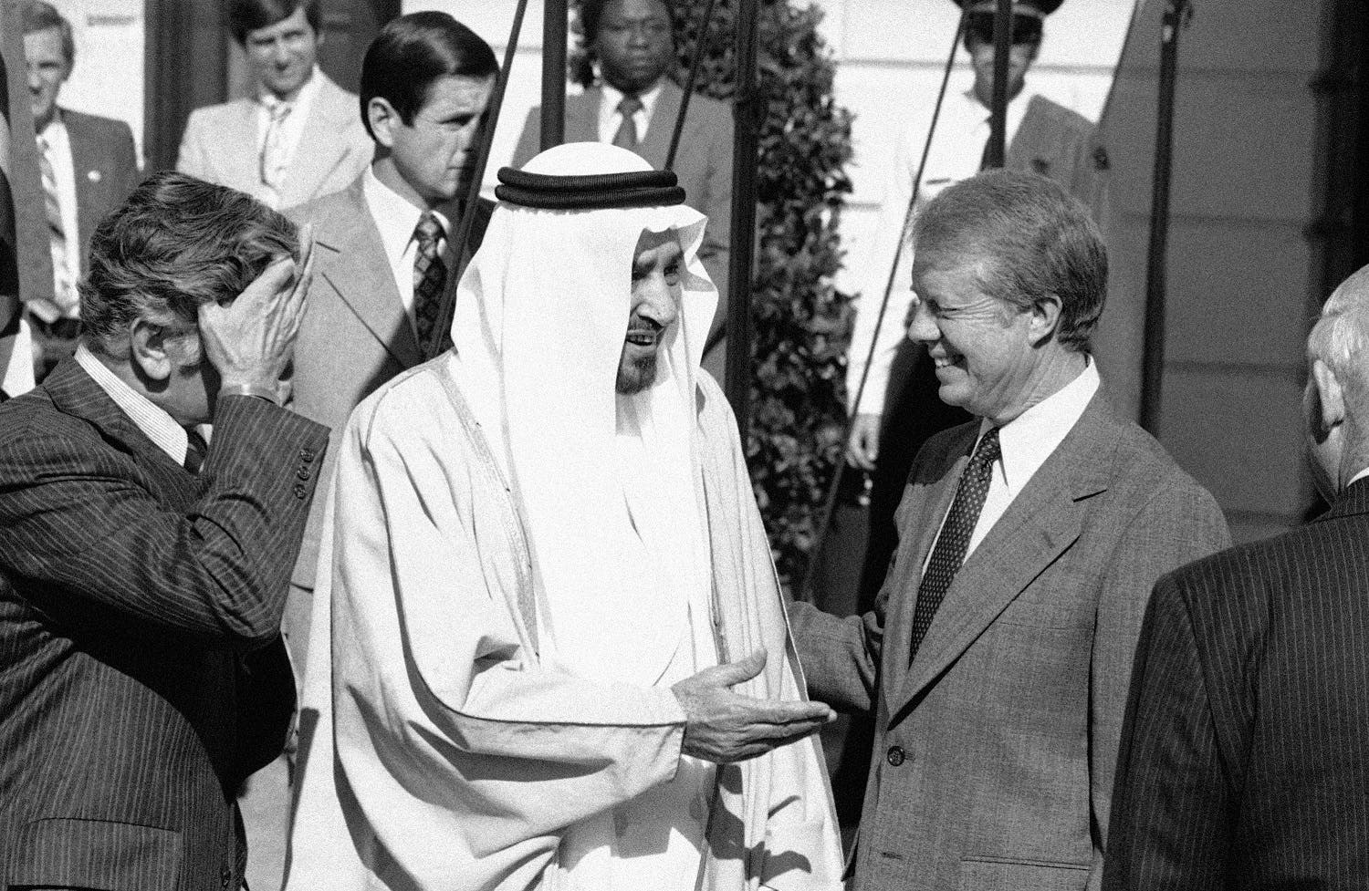 King Khalid of Saudi Arabia is greeted by President Jimmy Carter at the White House in Washington, Oct. 27, 1978 (File Photo: AP)
