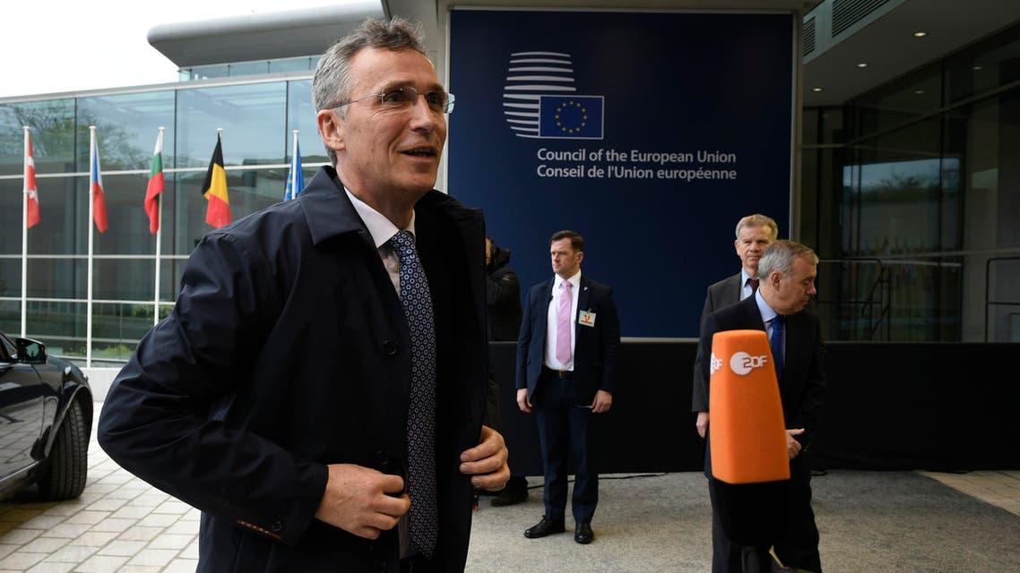 ينس ستولتنبيرغ خلال حضوره اجتماع وزراء دفاع الاتحاد الأوروبي