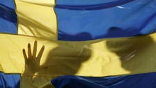 Swedish politician quits after refusing to shake women's hands
