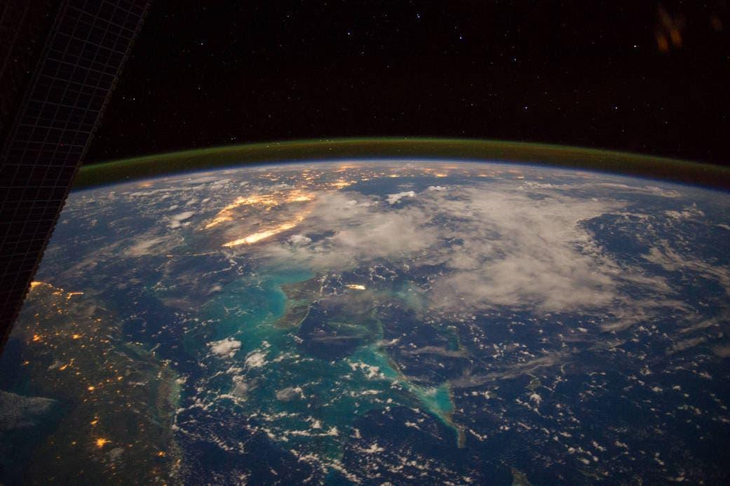 بانوراما تستعرض أجزاء من كوبا والبهاما وفلوريدا