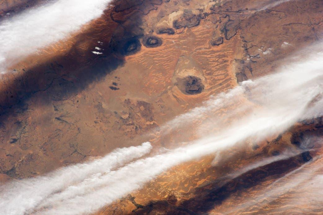 غيوم تمر فوق الصحراء الغربية في موريتانيا