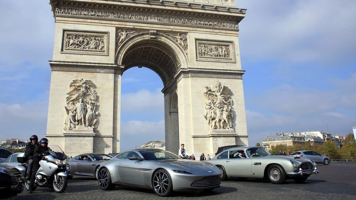 Champs-Elysees AP
