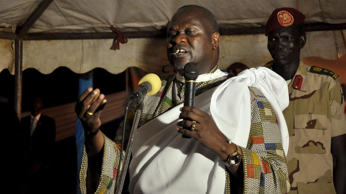 South Sudanese First Vice President Riek Machar addresses supporters at his home in Jabel Side upon arriving in South Sudan's capital Juba. (Reuters)