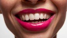 السباحة والحمضيات.. ضمن 10 أشياء تدمر أسنانك