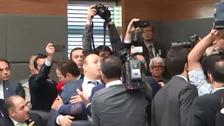 تُرک ارکان پارلیمان میں تصادم کا خوفناک منظر