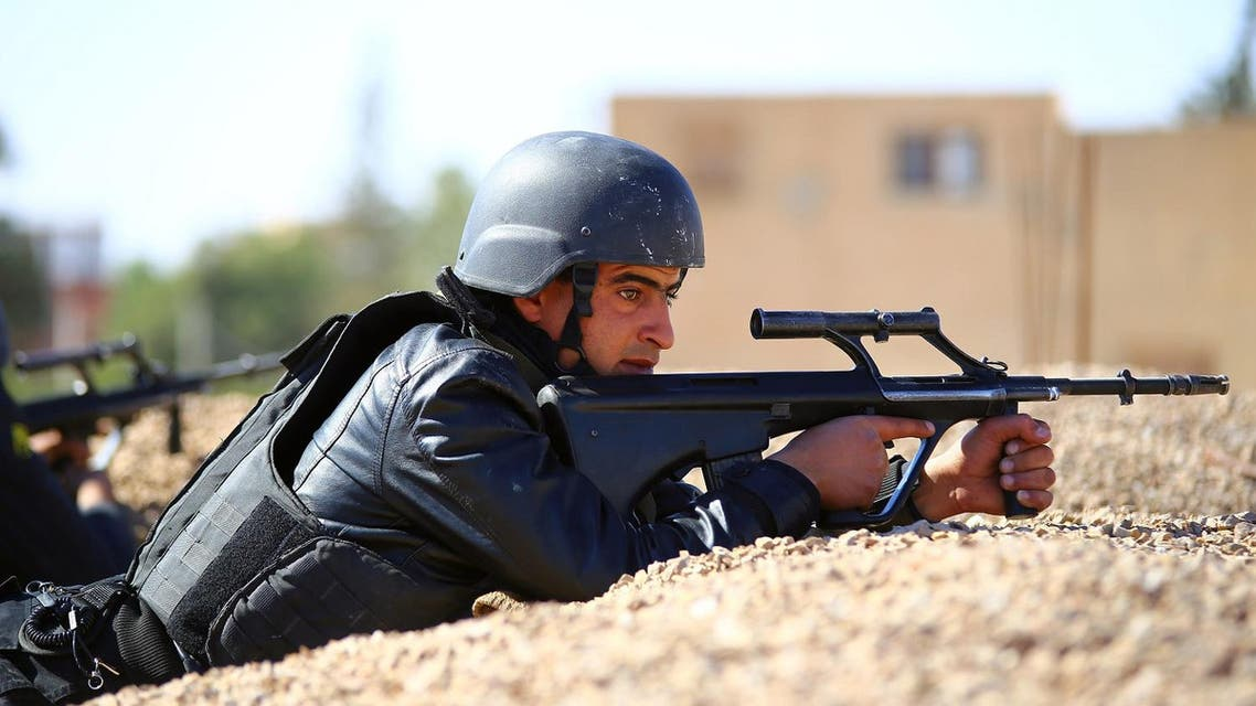 Tunisia closed two border crossings with Libya for two weeks in response to a deadly extremist attack on a town near the frontier. (File photo: AP)