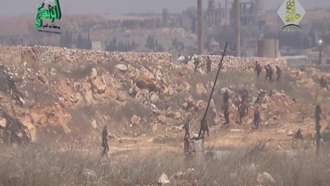 THUMBNAIL_ هروب جماعي لقوات الأسد من مخيم حندرات في ريف حلب