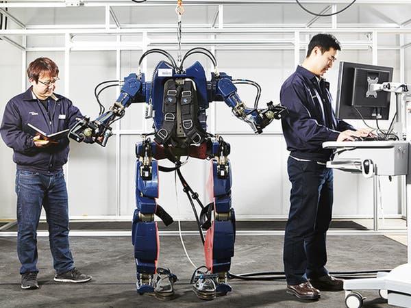 هيونداي تكشف عن روبوت جديد قابل للارتداء