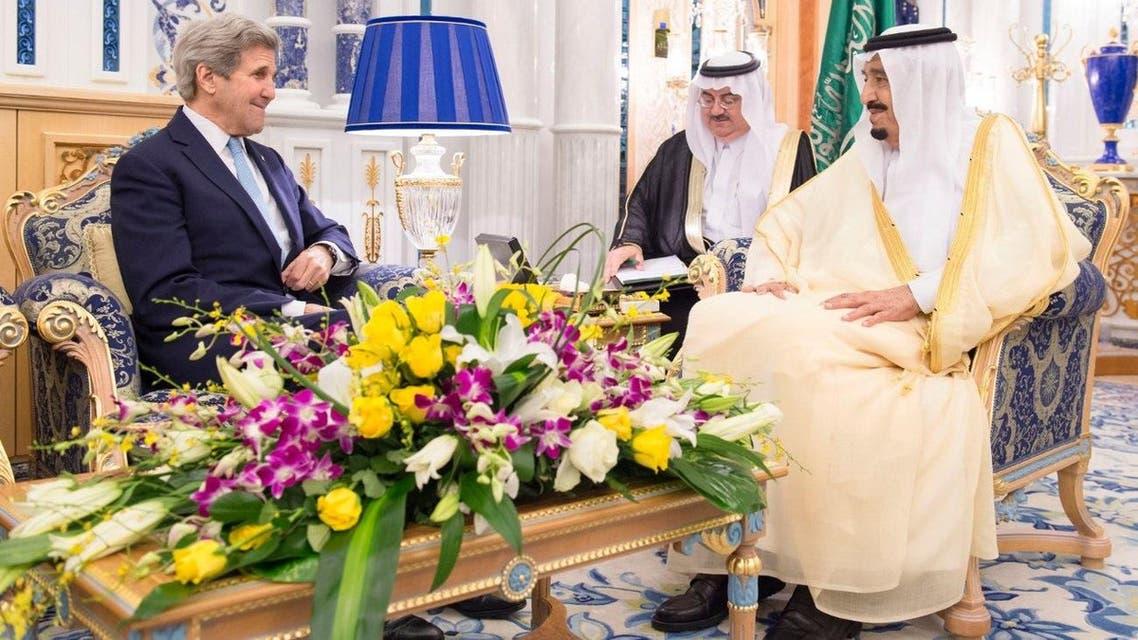 Saudi Arabia's King Salman (R) meets US Secretary of State John Kerry in Jeddah, Saudi Arabia May 15, 2016. (Saudi Press Agency/Handout via Reuters)