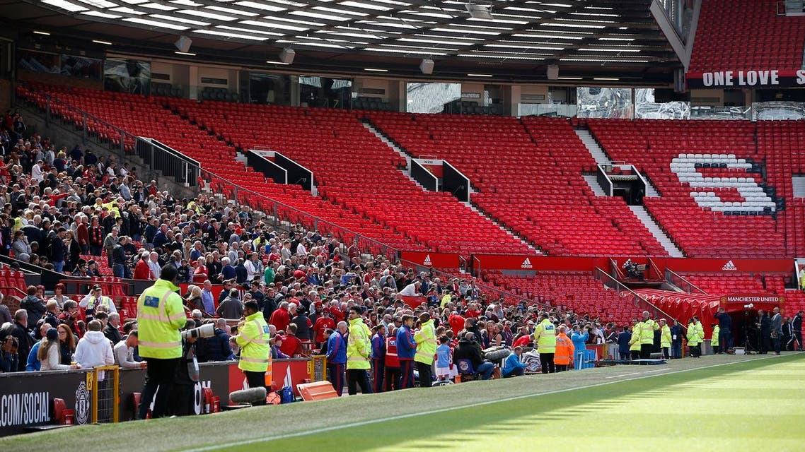Britain Soccer Football - Manchester United v AFC Bournemouth - Barclays Premier League - Old Trafford - 15/5/16 General view as sections of the stadium are evacuated before the match Reuters / Andrew Yates Livepic
