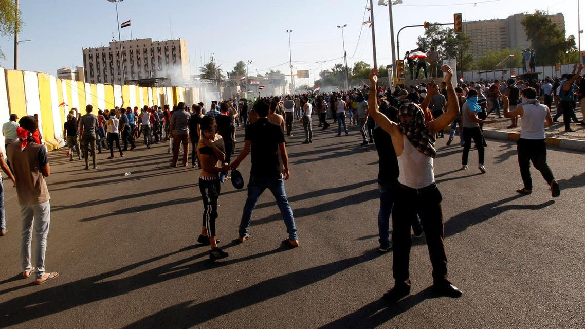 Anti-government protesters storm Baghdad's Green Zone in Iraq May 20, 2016. REUTERS