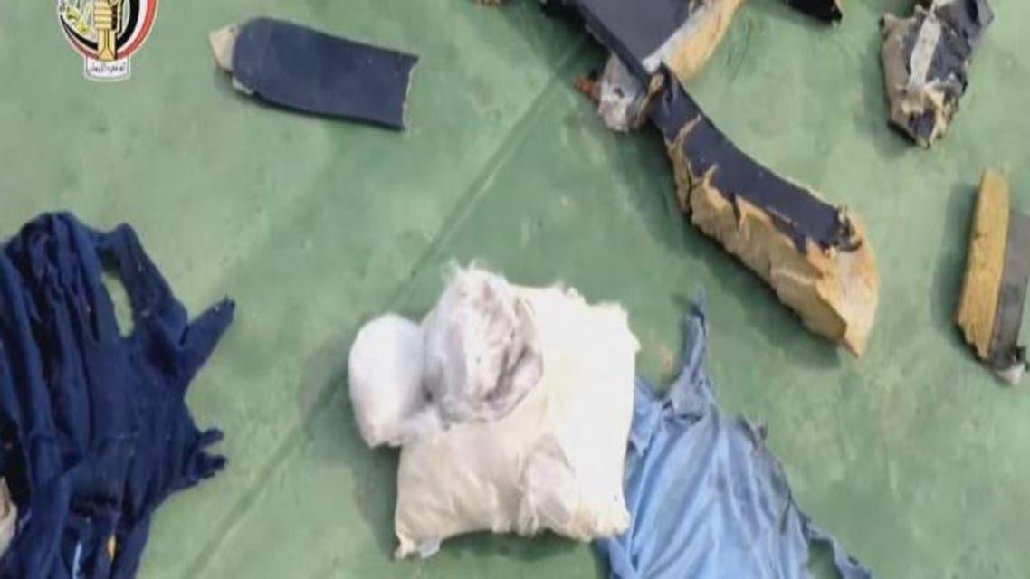 THUMBNAIL_ فيديو للعثور على أجزاء من حطام الطائرة المصرية
