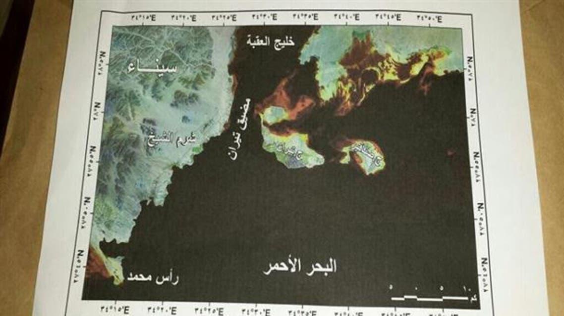 الشعاب المرجانية تربط تيران بالساحل السعودي