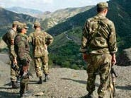 الجزائر.. 3 إرهابيين يسلمون أنفسهم للجيش