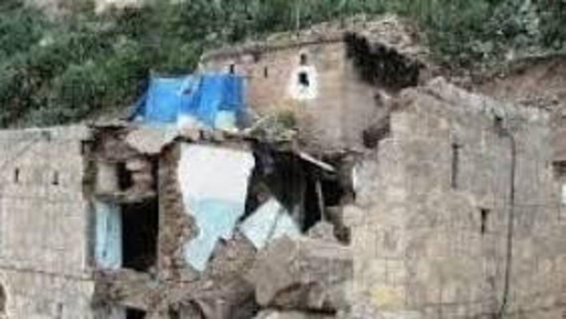 انهيار منازل في اليمن
