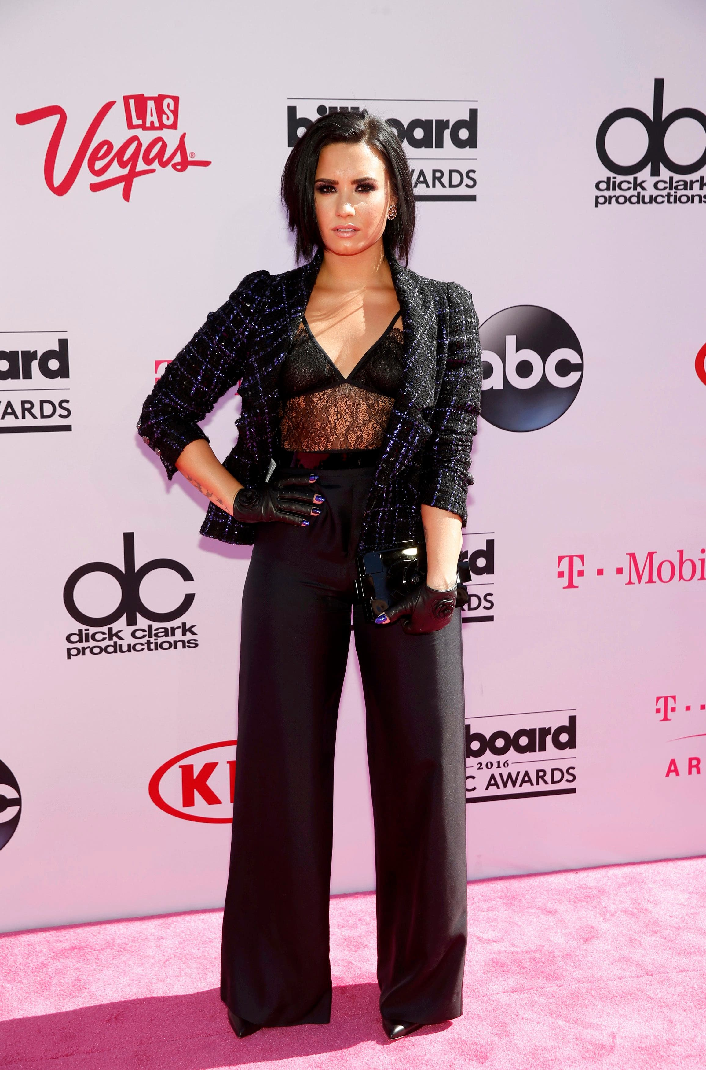 Singer Demi Lovato arrives at the 2016 Billboard Awards in Las Vegas, Nevada, US, May 22, 2016. (Reuters)