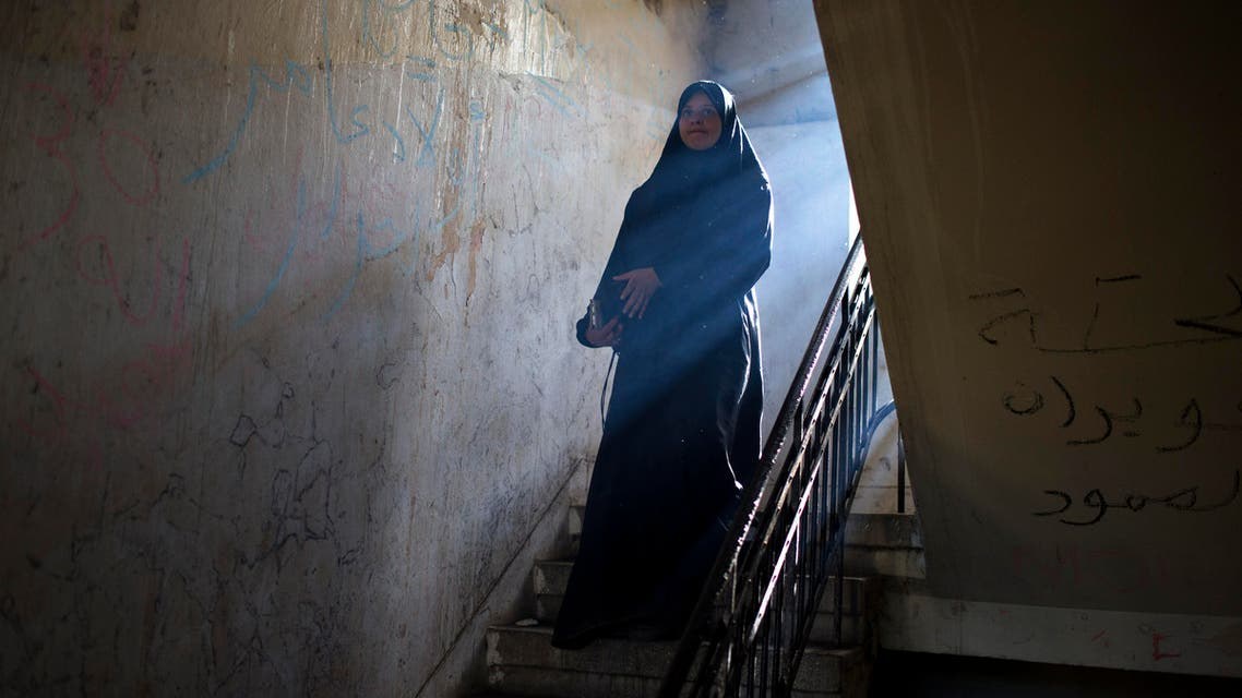 Migrant crisis: Stranded in Greece