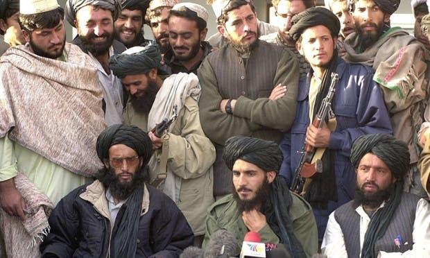 طیب آغا رئیس وفد طالبان إلى إيران عام 2015