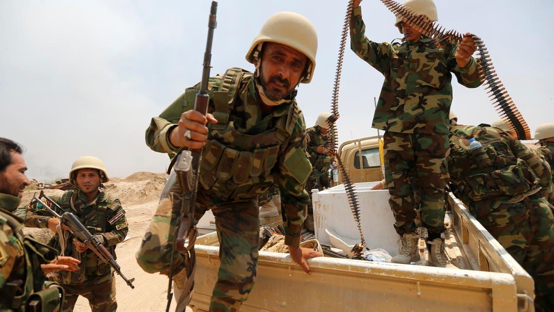 Fighters from Iraqi Shiite group Kataib Sayyid al-Shuhada gather near Falluja, Iraq, May 23, 2016. (Reuters)