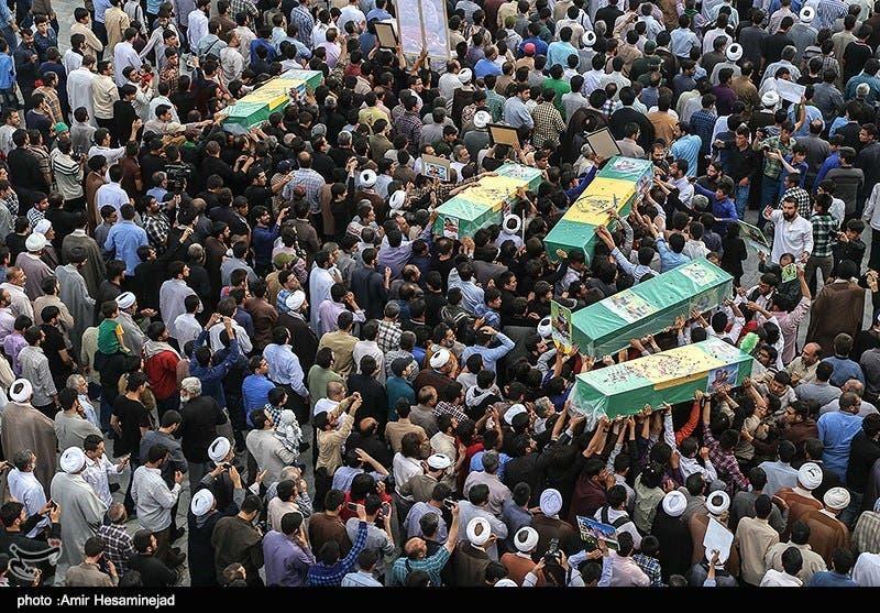إيران تشيع قتلى أفغان سقطوا في سوريا