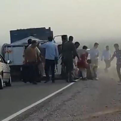 فيديو لجثث 23 لاجئا أفغانيا ألقتهم شرطة إيران في النهر