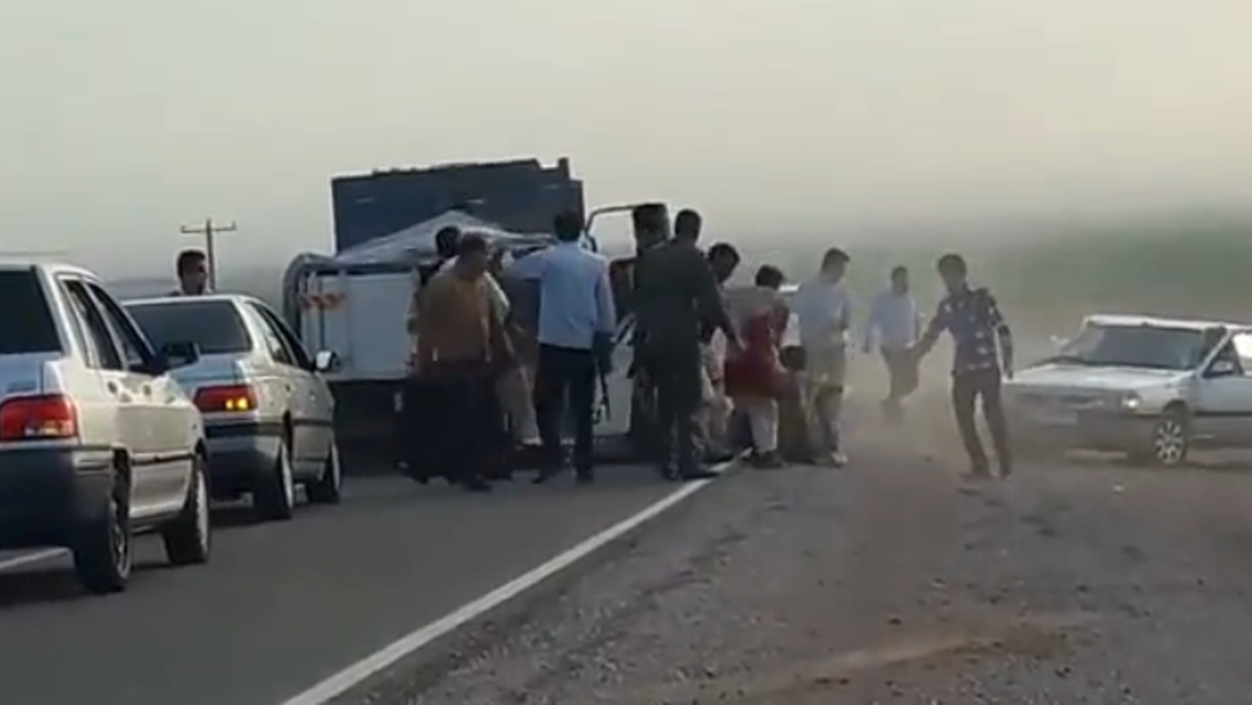 لاجئون أفغان في إيران -مذبحة