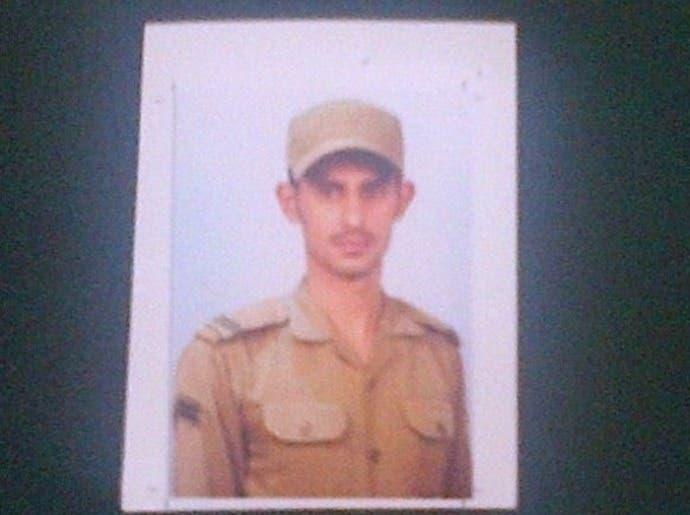 طائف جیل پر حملے میں قتل ہونے والے کارپورل عبدالغنی الثبیتی کی فائل تصویر