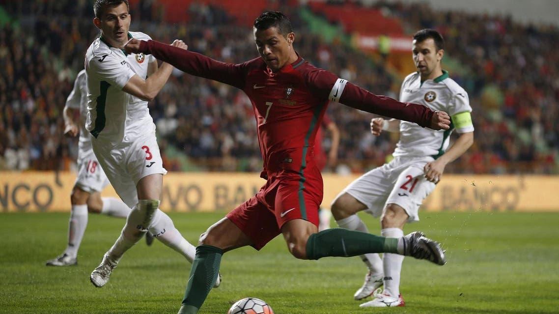 Football Soccer - Portugal v Bulgaria - International friendly match -Magalhaes Pessoa stadium, Leiria, Portugal - 25/03/16. Portugal's Cristiano Ronaldo in action against Bulgaria. REUTERS